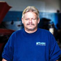 Truck Service - Pete Schoemer staff photo