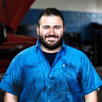 Truck Service - Glenn Rutherig staff photo